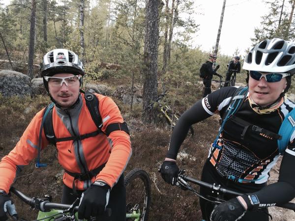 Ajokaverit Mikko ja Arto